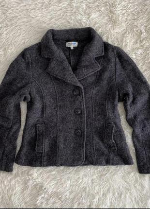 Шерстяной пиджак, куртка