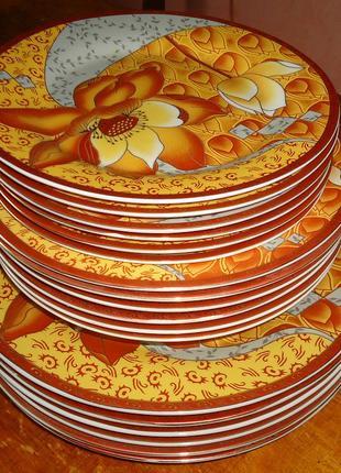 Комплект (набор) тарелок