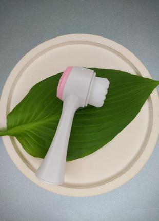 Щетка для очищения кожи лица, двусторонняя, розовая
