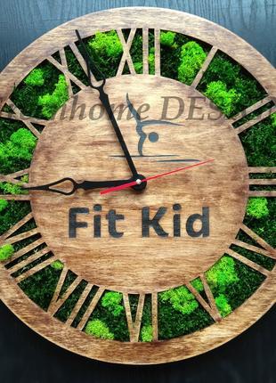 Деревянные часы, настенные, из стабилизированного мха