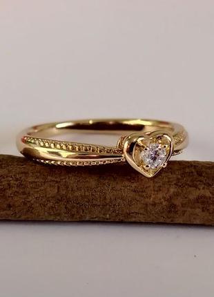Позолоченное кольцо р.19 с камнем - сердце, позолота, недорого...
