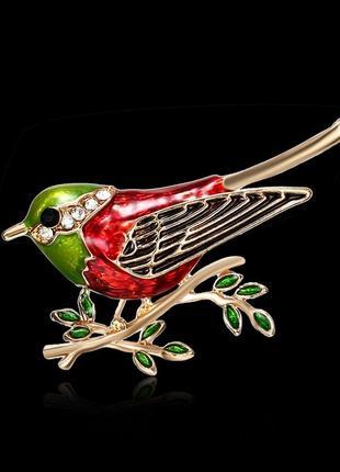 Разноцветная эмалированная брошь птичка