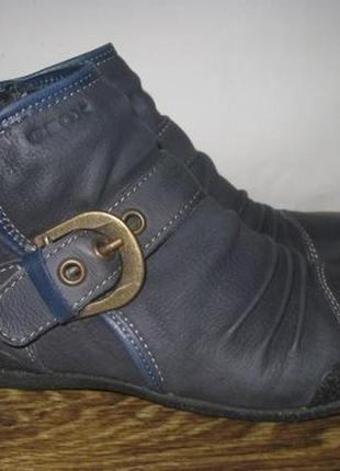 Кожаные ботинки geox р.36