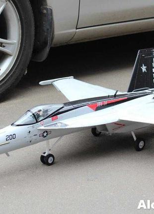 Большая сборная радиоуправляемая модель самолета  F18 1030мм