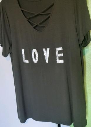 Женская оливковая футболка со стразами 50 размер батал