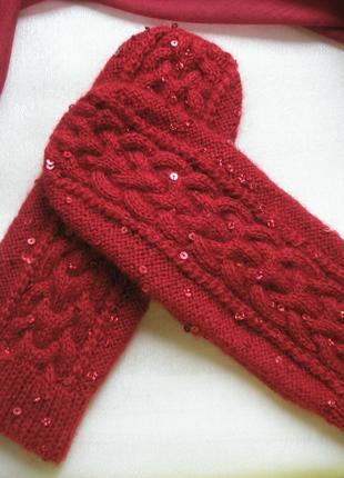 Варежки красные ручной работы с пайетками. размер m-l.