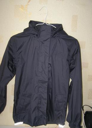 North field деми-куртка ветровка  рост 146-152 11-12 лет