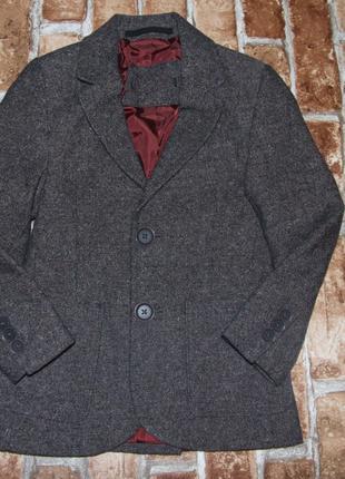 Пиджак мальчику 4 - 5 лет нарядный блейзер