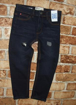 новые синие джинсы 5 лет мальчику узкачи слим фит