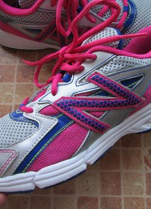 Кроссовки для девушки new balance