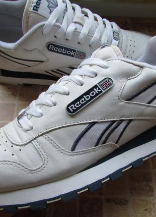 Кроссовки для парня reebok classic