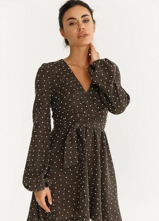 Теплое платье с объемными рукавами