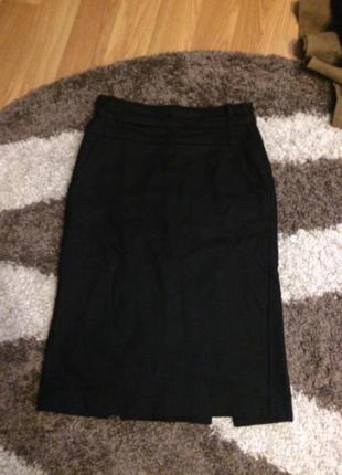 Брендовая шерстяная юбка с карманами