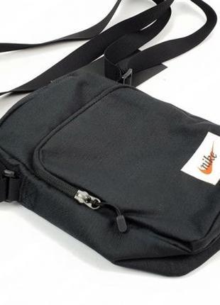 Спортивная сумочка nike messenger Heritage smit черная BA5809-010