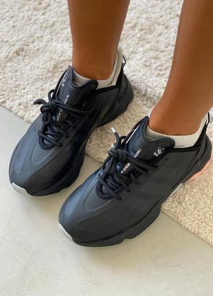 Черные женские кроссовки адидас adidas ozweego