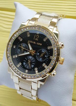 Красивые женские часы золотые с черным циферблатом, рифленый б...