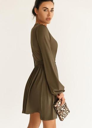 Трикотажное платье с объемными рукавами хаки