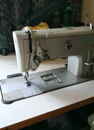 Швейная машина 862 класса