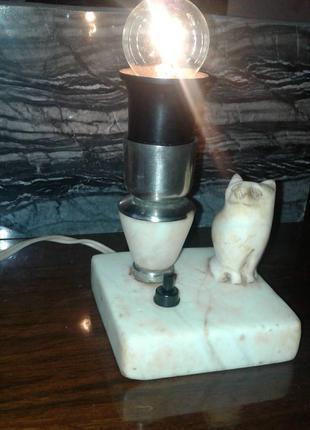 Лампа мраморная