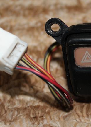 Кнопка аварийной сигнализации Mazda 626 GE (1992-1997)