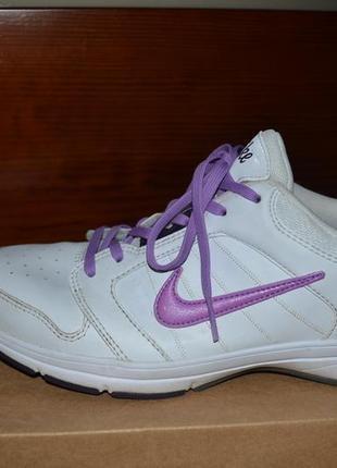 Фирменные кожаные кроссовки nike air (оригинал из сша). размер 40
