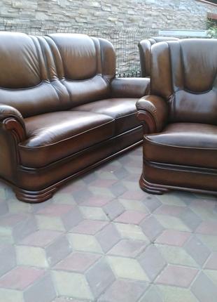 Кожаный комплект Кожаный гарнитур Мягкая кожаная мебель в Украине