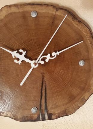 Часы настенные с дуба