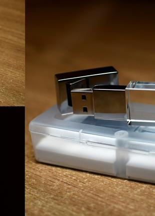 Подарункова флешка 16 ГБ