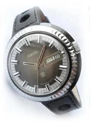 РАКЕТА_ШАЙБА, сделано в СССР 70-х. БОЛЬШИЕ МУЖСКИЕ часы механика
