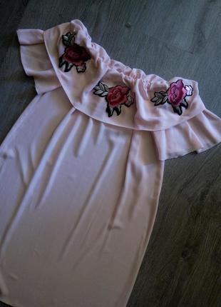Италия,красивейшее❤️нюдово-розовое платье с воланом👗с открытым...