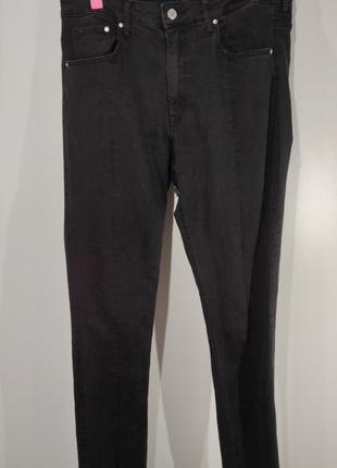 Женские серые эластичные джинсы  размер 32