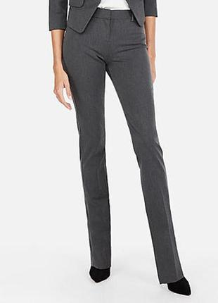 Cерые прямые офисные брюки на м/44-46 размер
