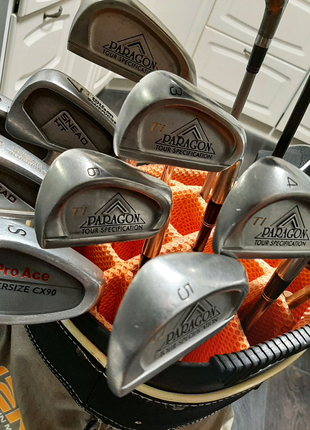 Набор клюшек для гольфа