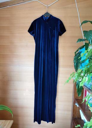 Французское синее платье велюр с разрезом