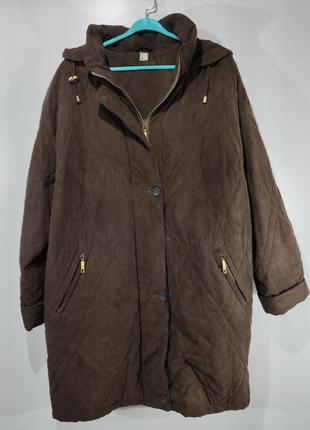 Женская мягенькая  куртка весна - осень размер 60-62