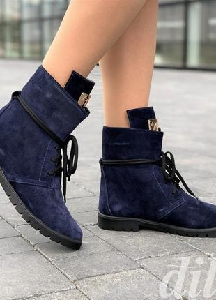 Ботинки женские зимние замшевые кожаные темно синие на шнурках...