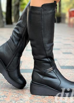 Сапоги женские зимние кожаные черные на танкетке