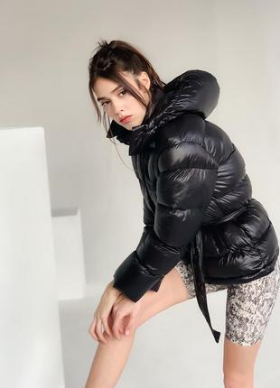 Теплая куртка пуховик черная