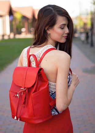 Шикарный женский рюкзак на шнурке и клапане красный ручная раб...
