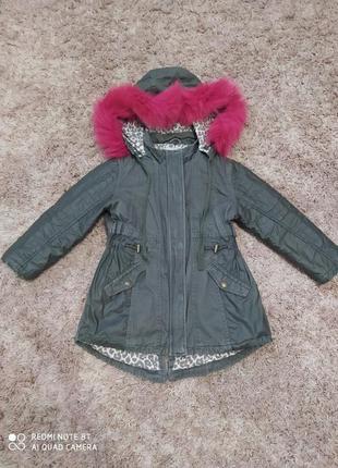 Куртка парка с розовим мехом для девочки 4 5 лет цвет хаки