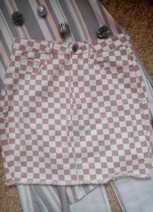 Джинсовая юбка в клетку с необработанным низом