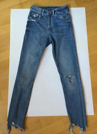 Стильные джинсы h&m размер 25