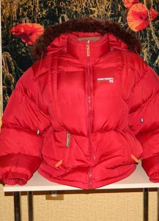 Куртка тёплая зимняя пуховик красная женская размер 44-46.