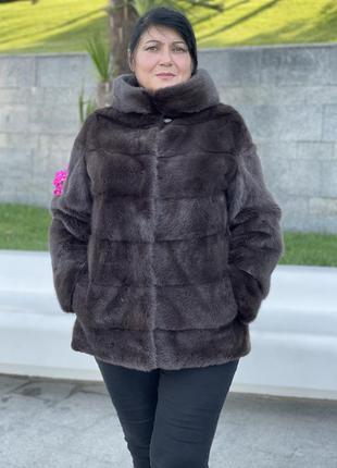 Норковая шуба с натурального меха. женская верхняя одежда. зим...