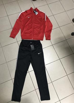 Спортивный костюм nike оригинал размер s