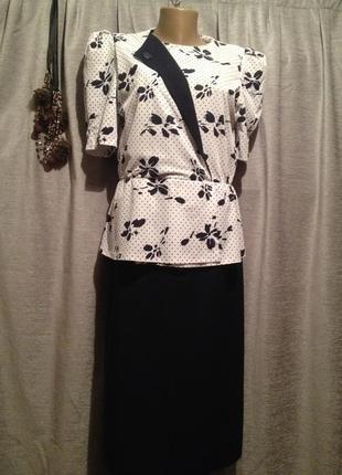 Оригинальное платье.409