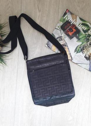Классная сумочка кроссбоди много кармашков