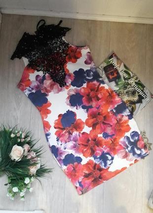 Красивое модное платье размер хл