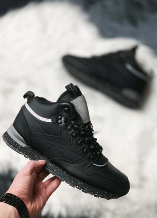 Зимние кроссовки на меху Reebok Classic Leather.