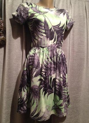 Трикотажное платье с принтом.343